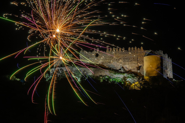 Fuegos artificiales en el Castillo de Portezuelo