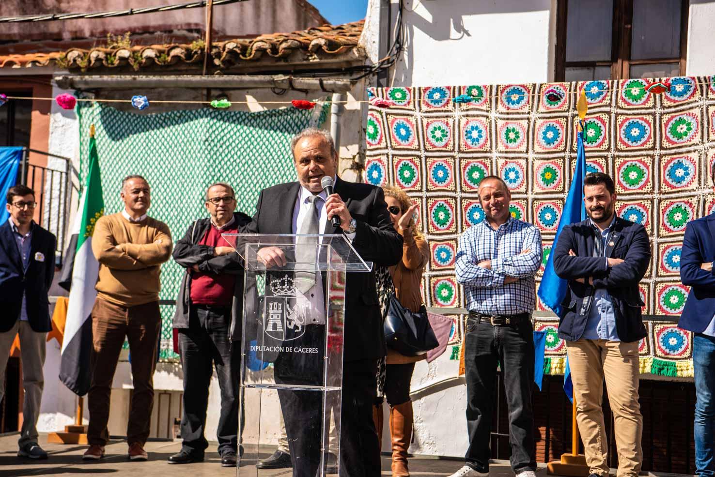 Alcalde Portezuelo en el Día de la Mujer